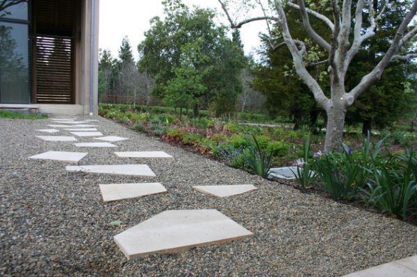stones for backyard photo - 1