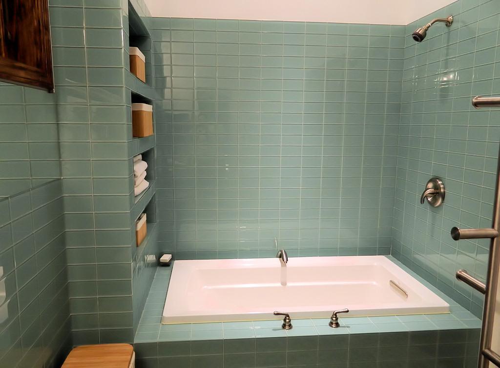 Wonderful Brick Tile Bathroom Gallery Bathtub For