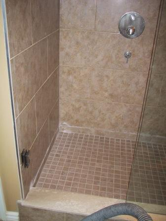 tiling a bathroom shower photo - 1