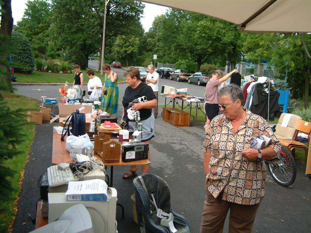 tips for garage sale photo - 1