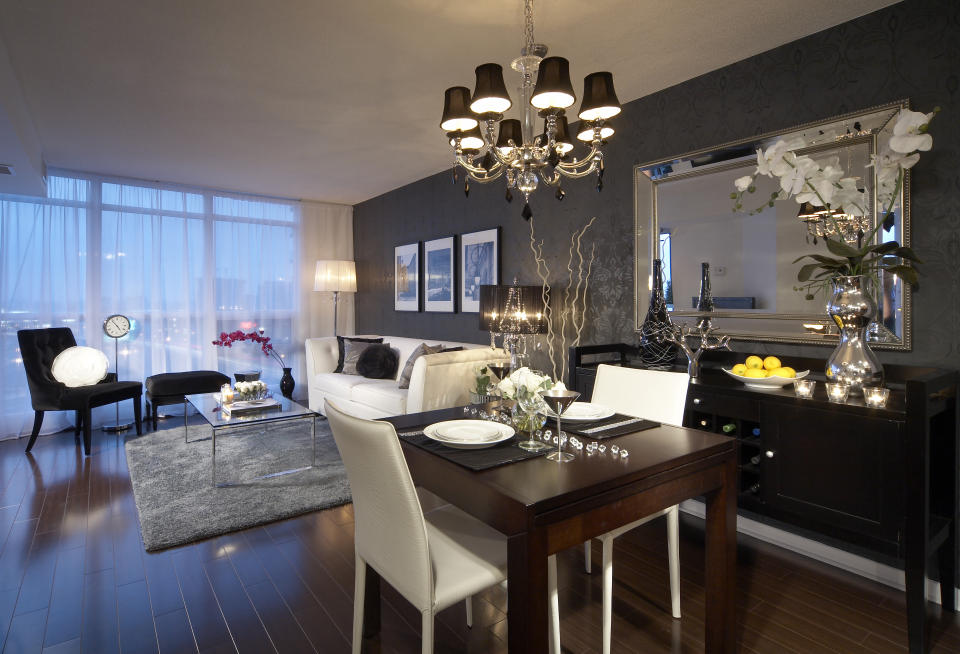 transitional chandeliers for dining room photo - 2