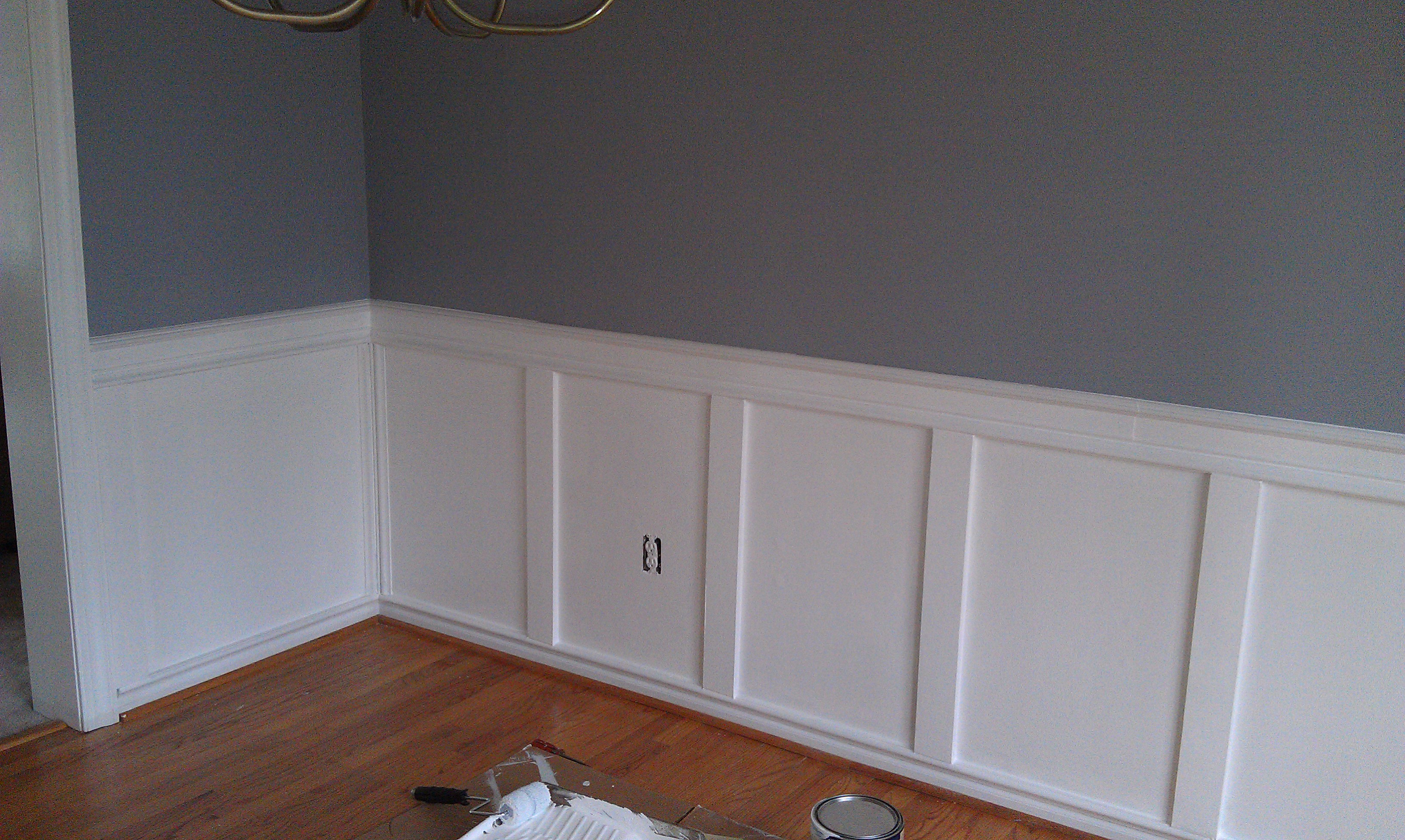 Wainscoting ideas for dining room large and beautiful for Living room wainscoting ideas