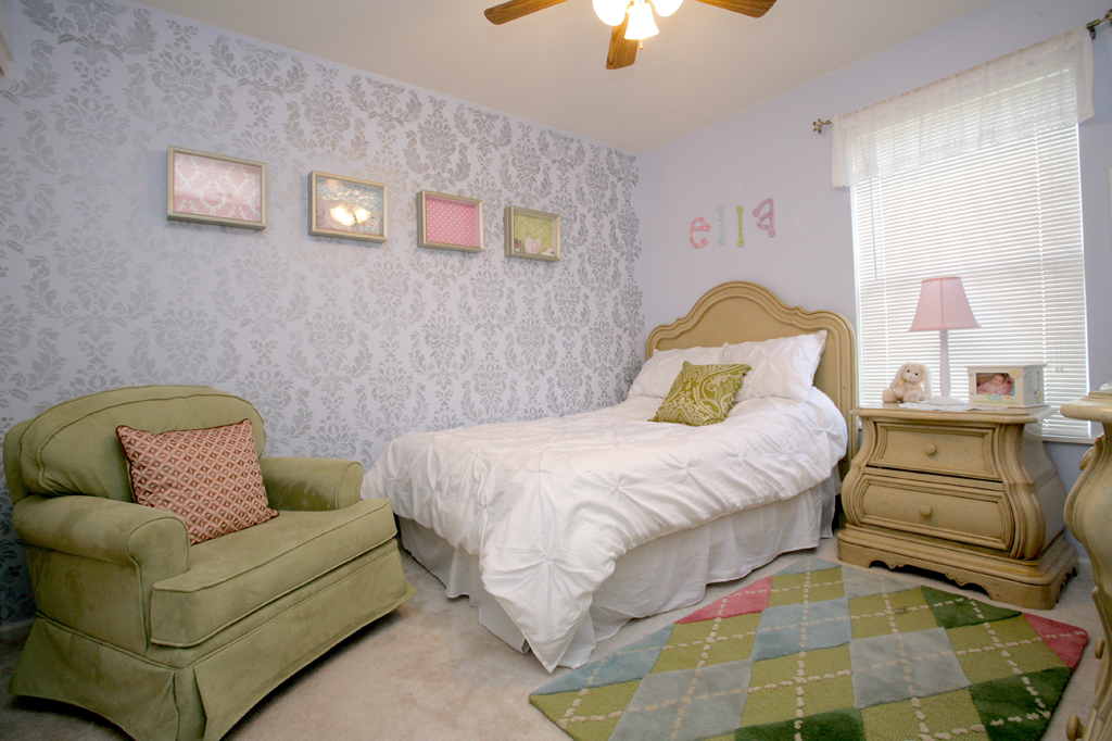 wall stencils for bedrooms photo - 1