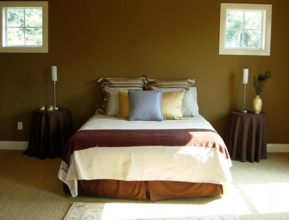 warm color bedroom photo - 1