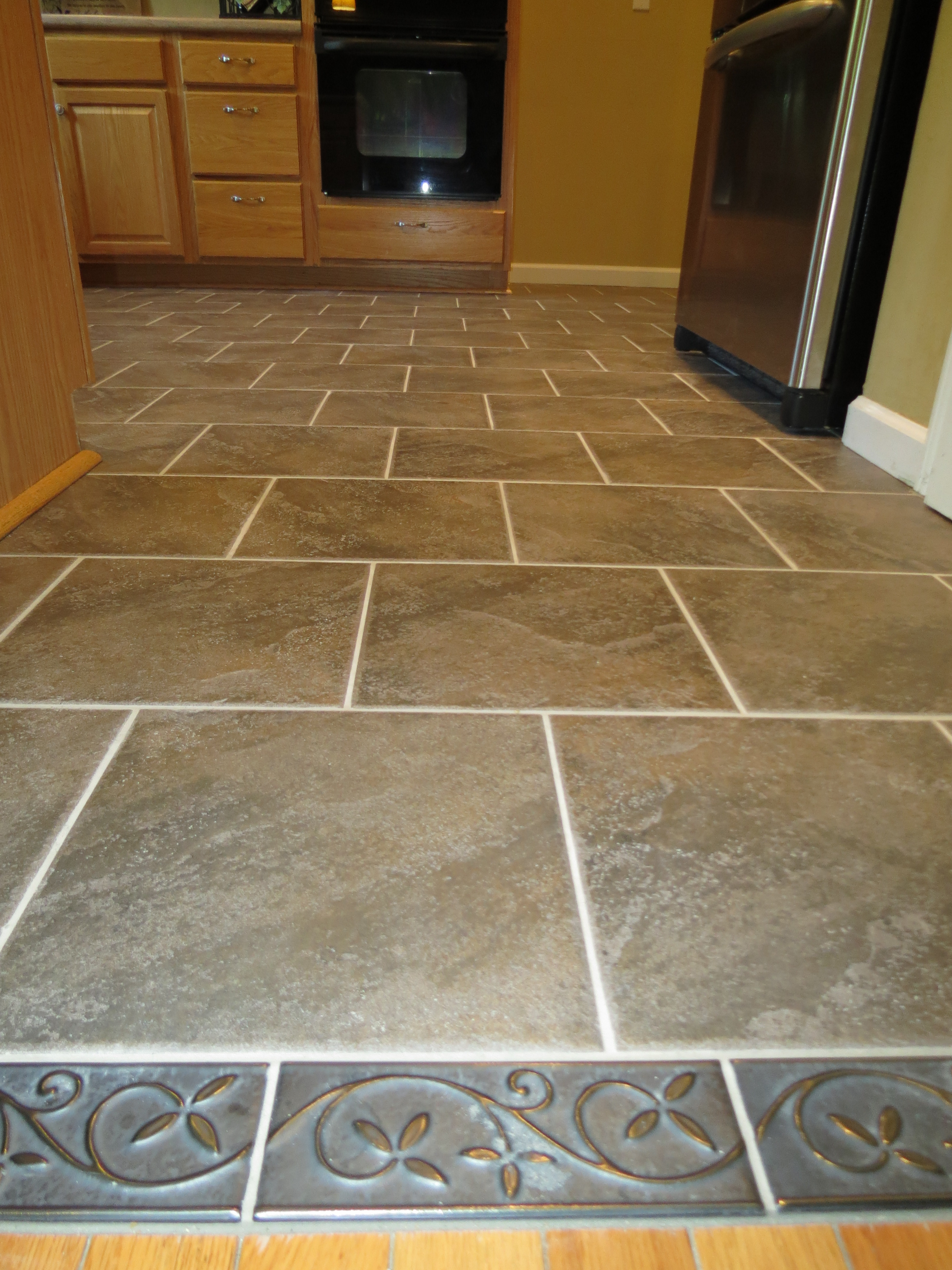 what is the best flooring for a bathroom photo - 1