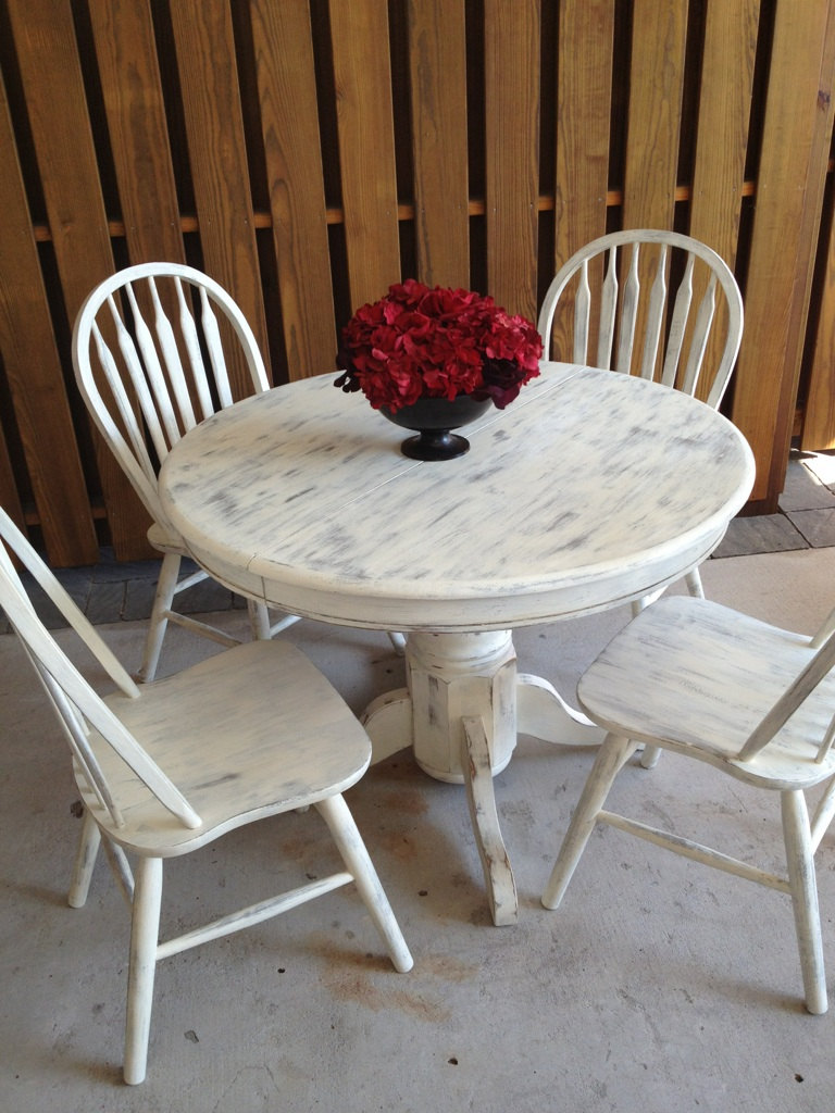 white shabby chic dining table photo - 2