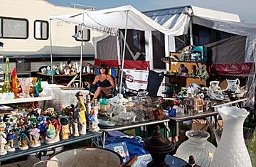 worlds longest garage sale photo - 1