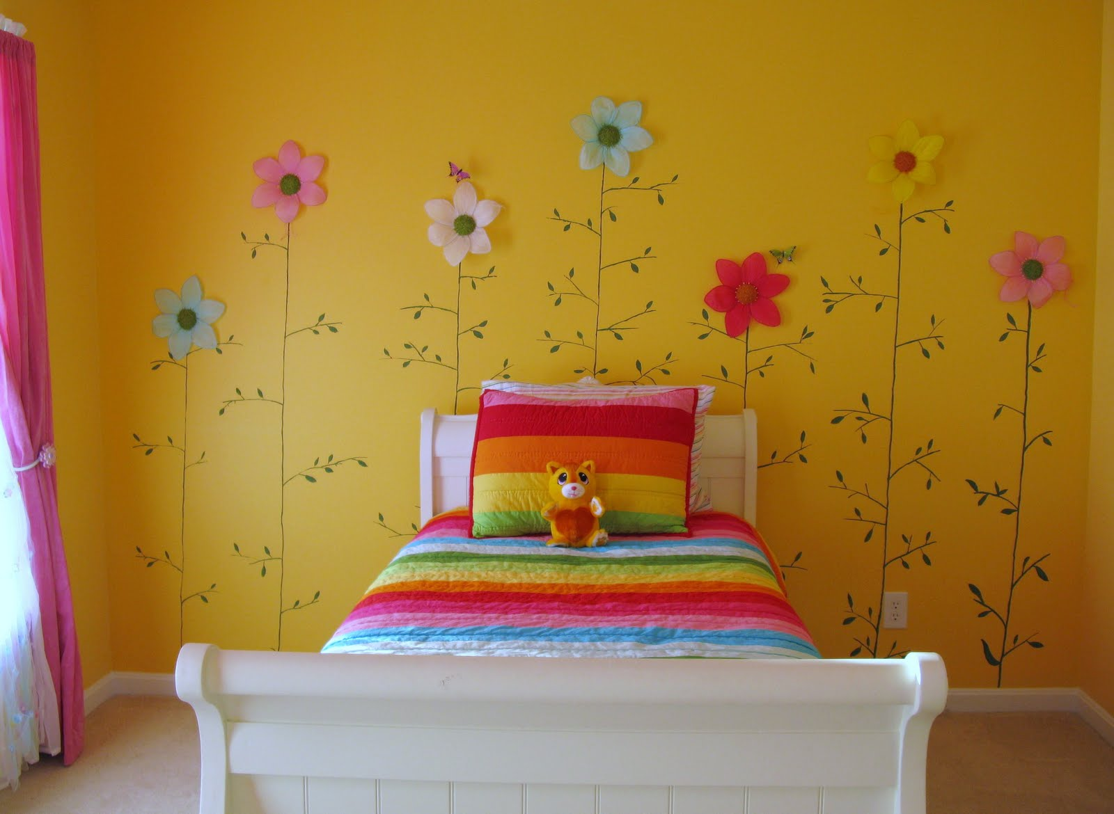 Yellow girls bedroom - large and beautiful photos. Photo to select ...